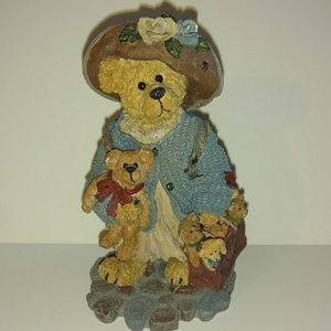Boyds Bear collectible figurine